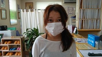 首がずーっと痛く、頭痛が酷くて、吐き気がしていたので、恵比寿鍼灸整骨院に来院しました。